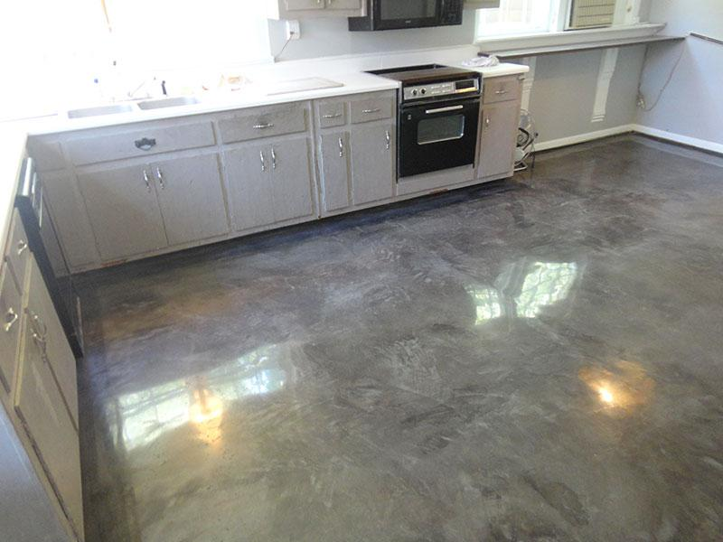 Residential Kitchen, Tiny Town, KY - Gray Overlay
